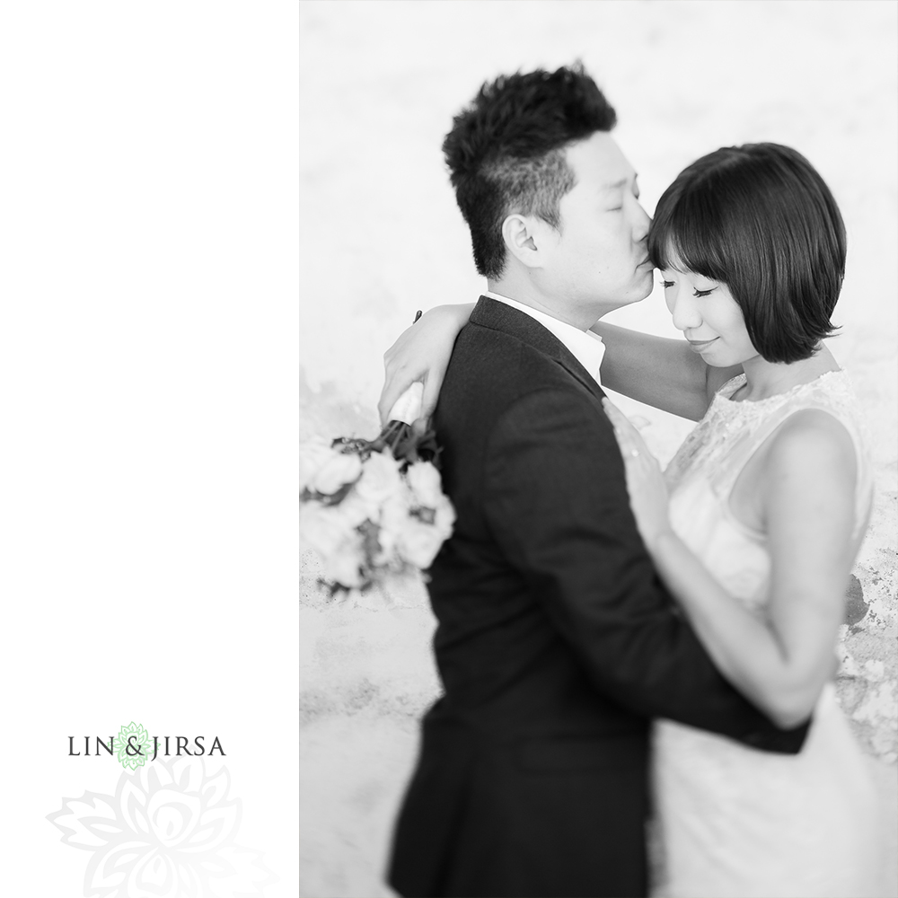 06-mission-san-juan-capistrano-wedding-portrait-photography