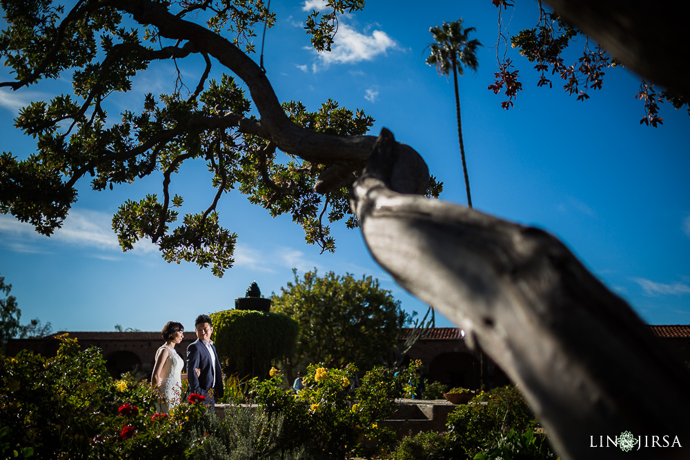 09-mission-san-juan-capistrano-wedding-portrait-photography