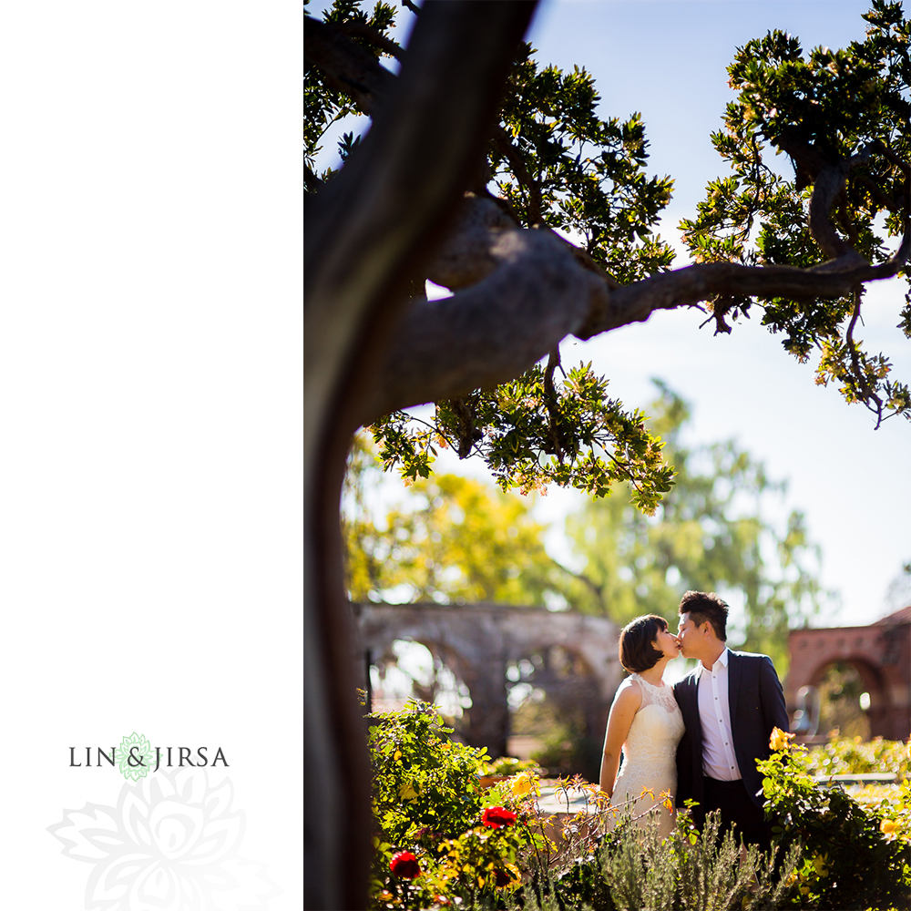 10-mission-san-juan-capistrano-wedding-portrait-photography