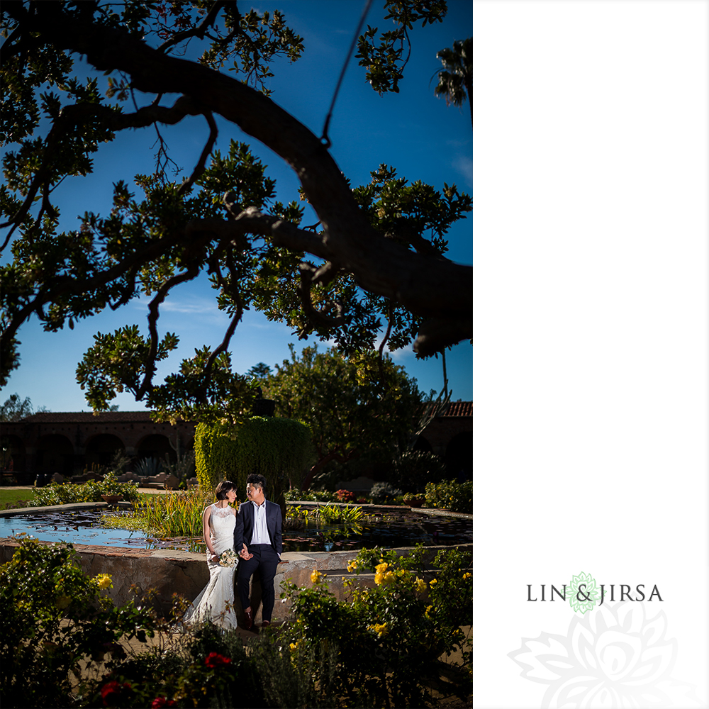 11-mission-san-juan-capistrano-wedding-portrait-photography