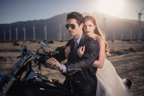 20-palm-springs-stylized-wedding-portrait-shoot