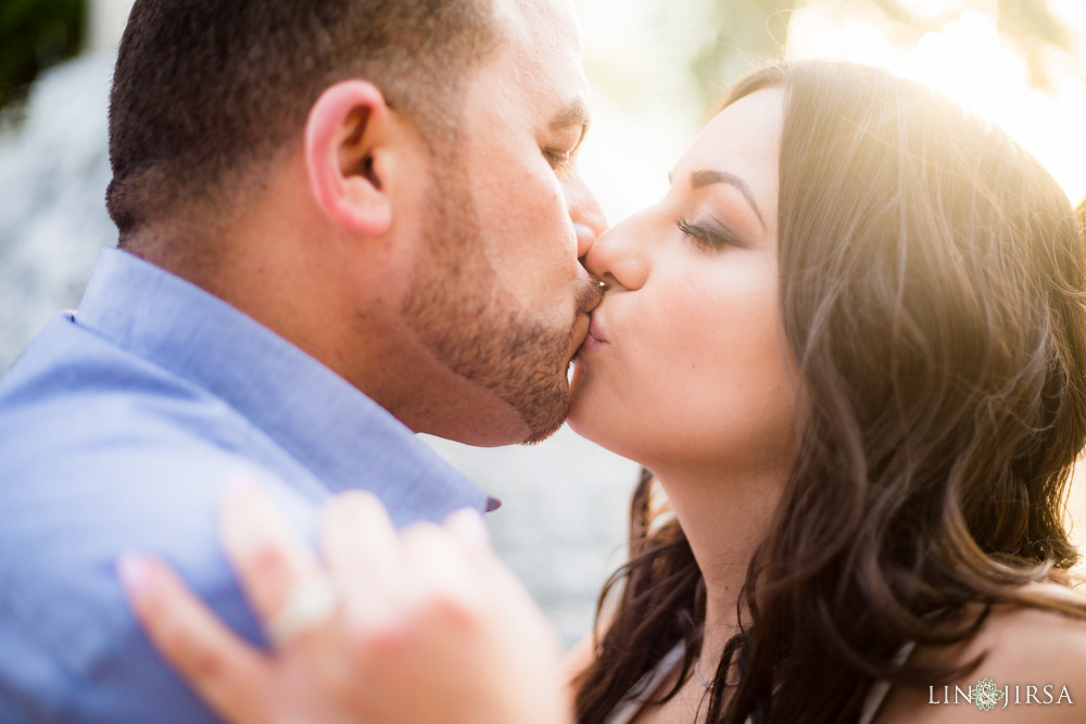 10-noguchi-gardens-orange-county-engagement-photographer