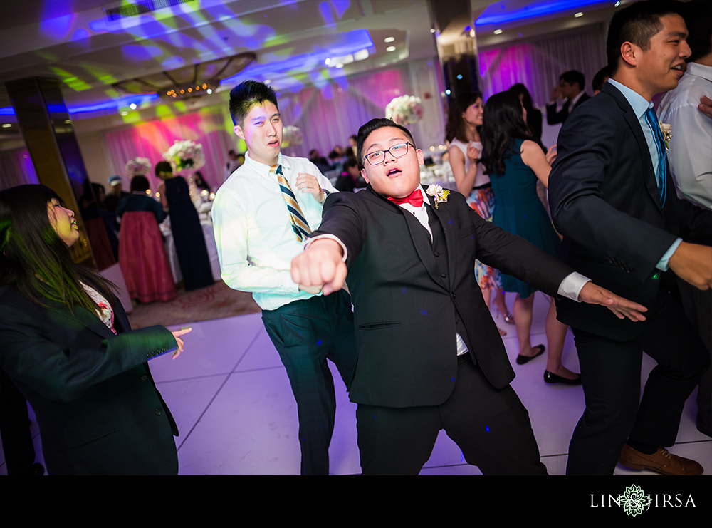 65-Brandview-Ballroom-Glendale-LA-Wedding-Photographer