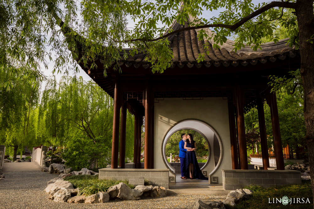 0008-huntington-library-pasadena-engagement-photographer