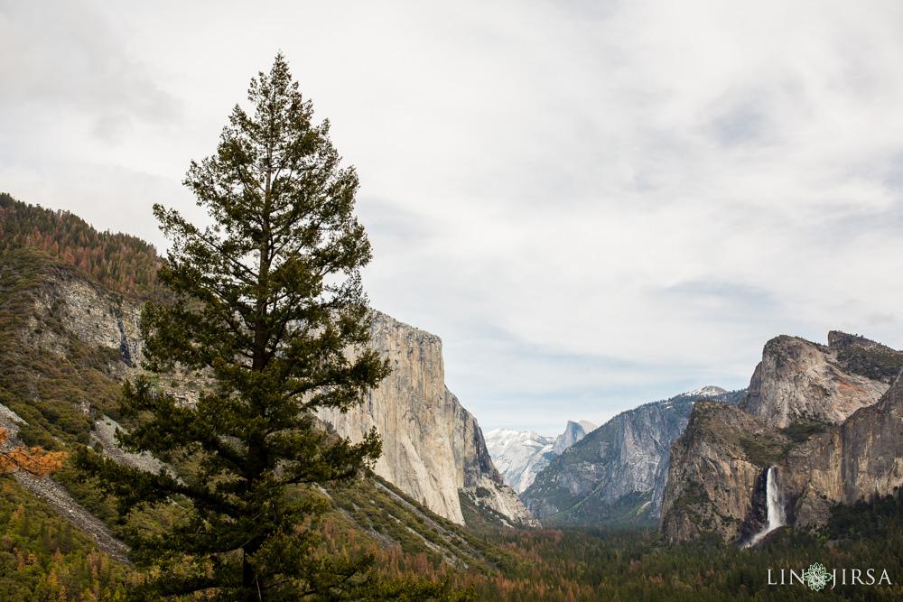 0024-LJ-Yosemite-Engagement-Photography