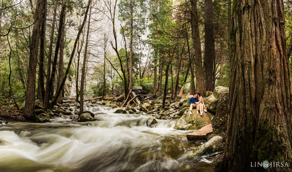 0047-LJ-Yosemite-Engagement-Photography
