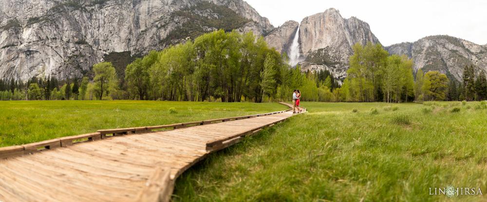 0052-LJ-Yosemite-Engagement-Photography