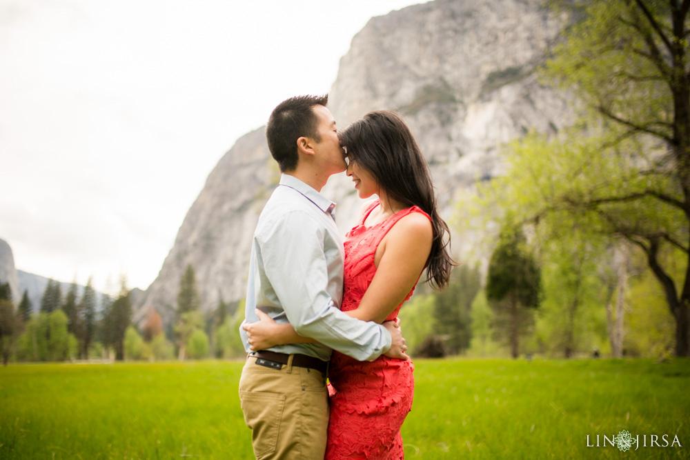 0092-LJ-Yosemite-Engagement-Photography