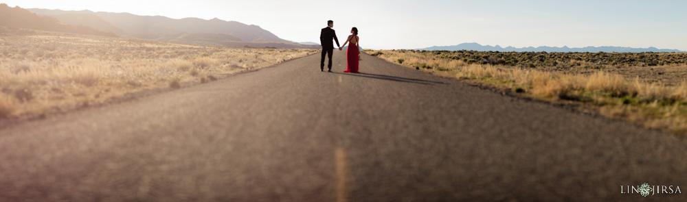 0108-CV-Bonneville-Salt-Flats-Utah-Engagement-Photos