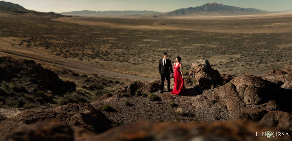 19-Bonneville-Salt-Flats-Engagement