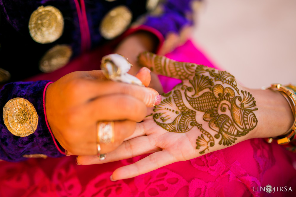 13-Palos-Verdes-Mendhi-Indian-Wedding-Photography