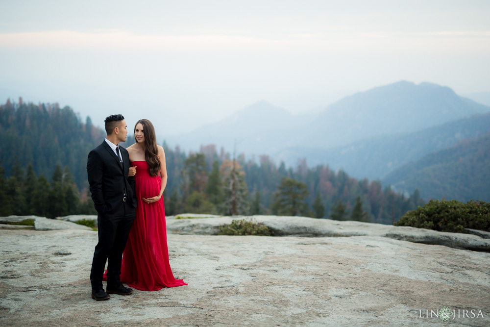 19-Sequoia-National-Park-Maternity-Session-Photography