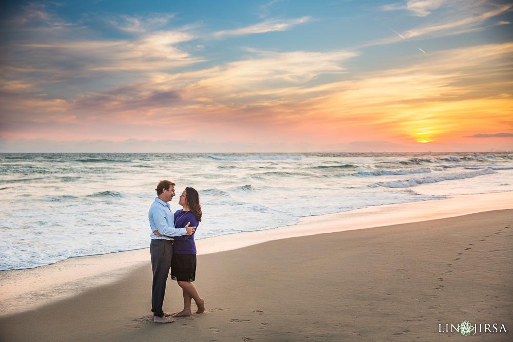 30-Huntington-Beach-Pier-Orange-County-Engagement-Photography