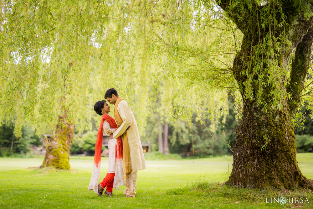 0701-Resort-at-the-mountain-Indian-Pre-Wedding-Photography