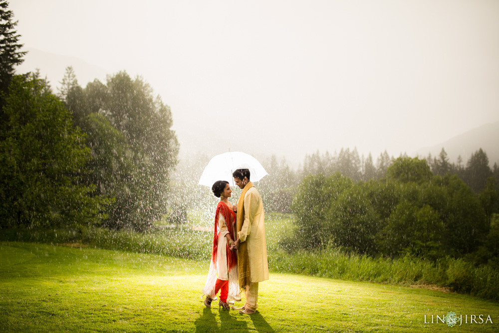 1001-Resort-at-the-mountain-Indian-Pre-Wedding-Photography