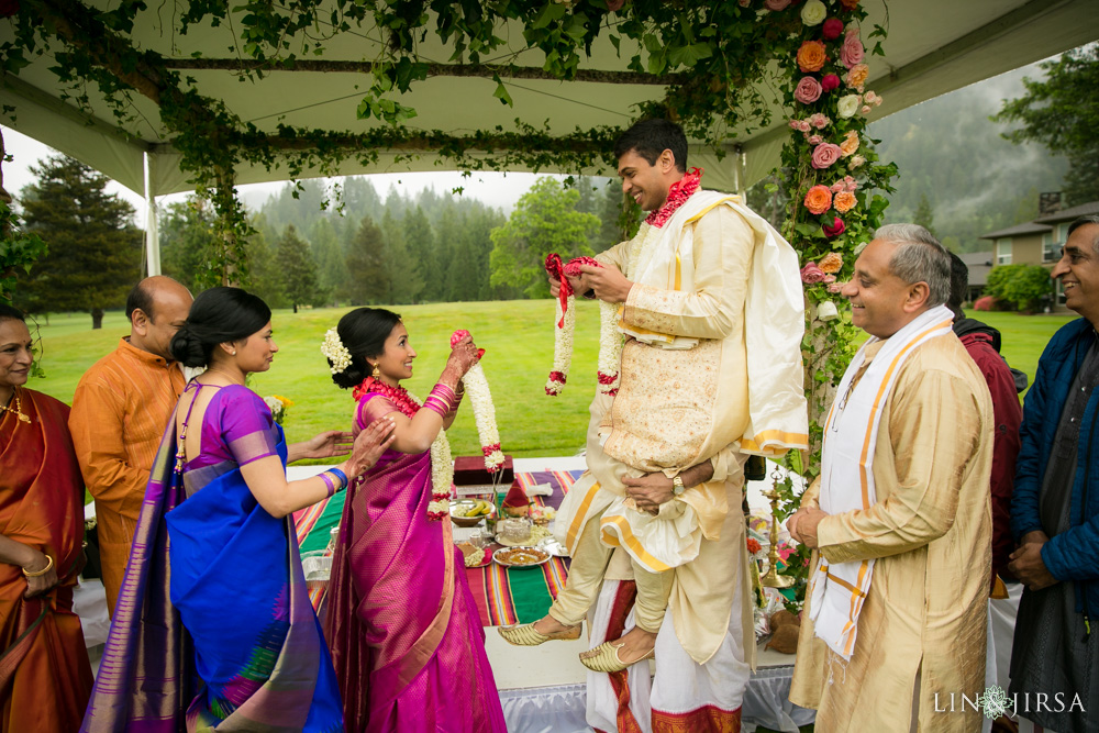2301-Resort-at-the-mountain-Oregon-Indian-Wedding-Photography