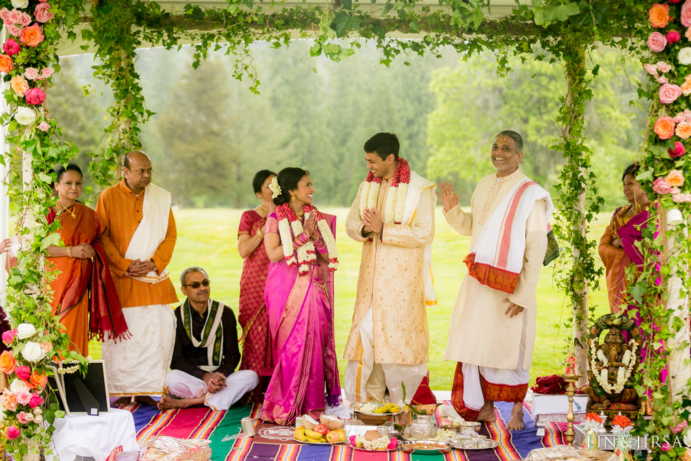 2401-Resort-at-the-mountain-Oregon-Indian-Wedding-Photography
