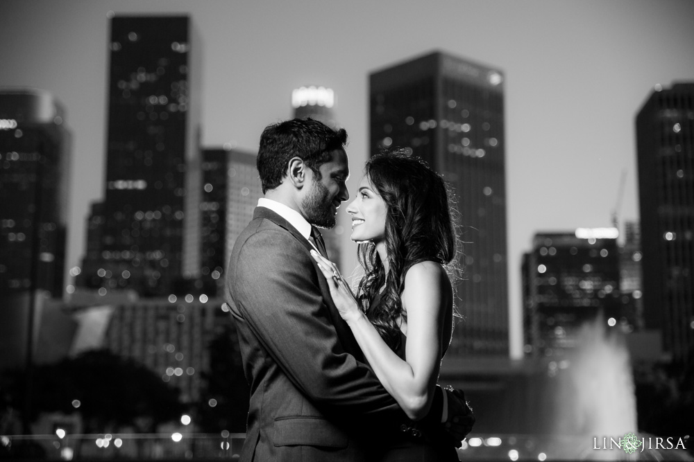 14-Downtown-Los-Angeles-Engagement-Photography