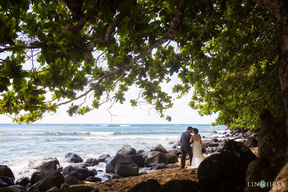 16-St-Regis-Princeville-Kauai-Hawaii-Wedding-Photography