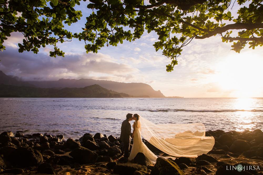 38-St-Regis-Princeville-Kauai-Hawaii-Wedding-Photography