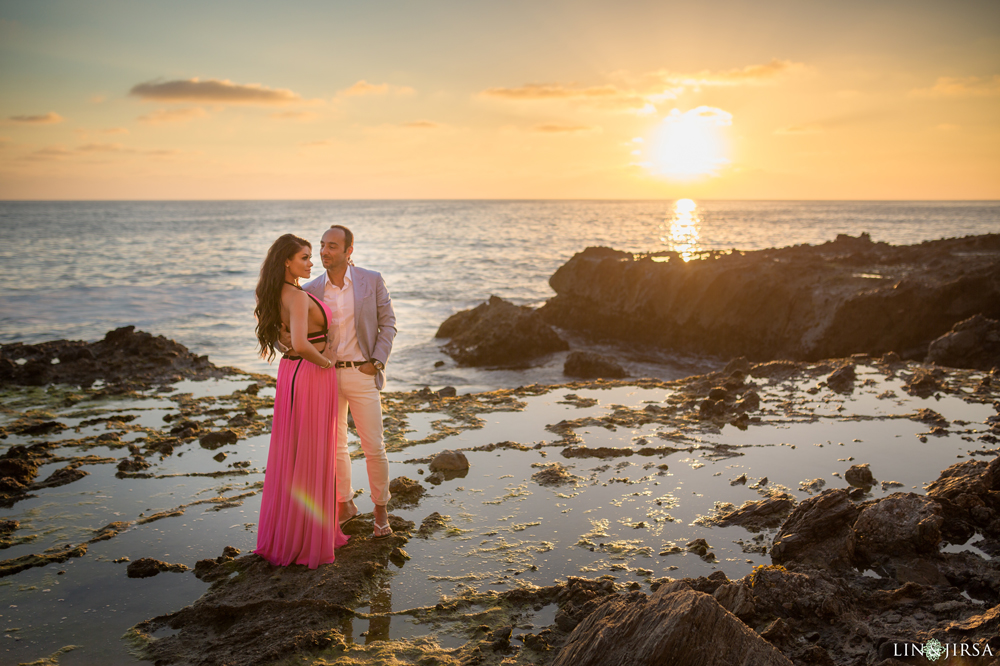 0056-ia-private-hangar-orange-county-victoria-beach-engagement-photography