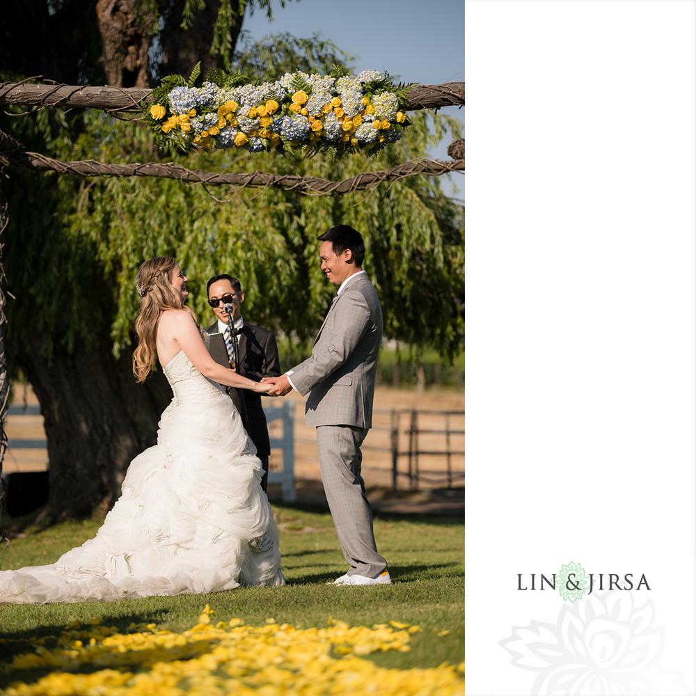 20-saddlerock-ranch-malibu-wedding-photography