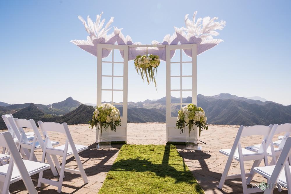 Malibu rocky oaks wedding jenn rowdy for Malibu rocky oaks wedding price