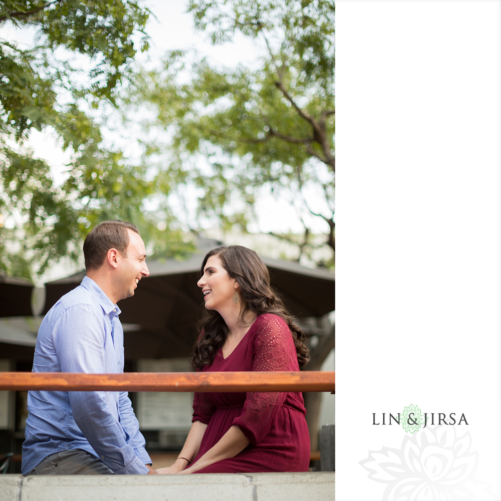 03-grand-central-market-los-angeles-engagement-photography