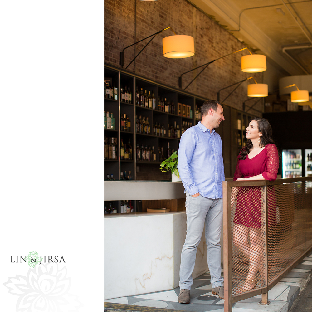 09-grand-central-market-los-angeles-engagement-photography