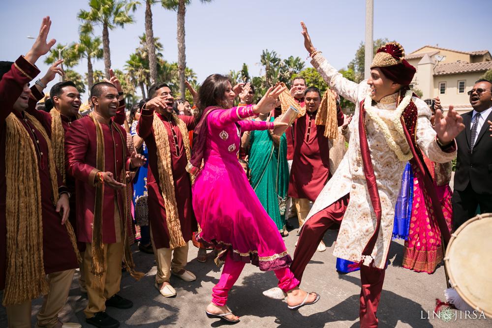 09-huntington-beach-hyatt-regency-indian-wedding-photography