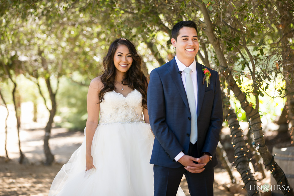 11-serendipity-gardens-oak-glen-wedding-photography