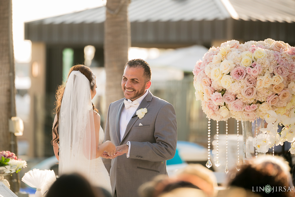 15-balboa-bay-resort-persian-wedding-photography