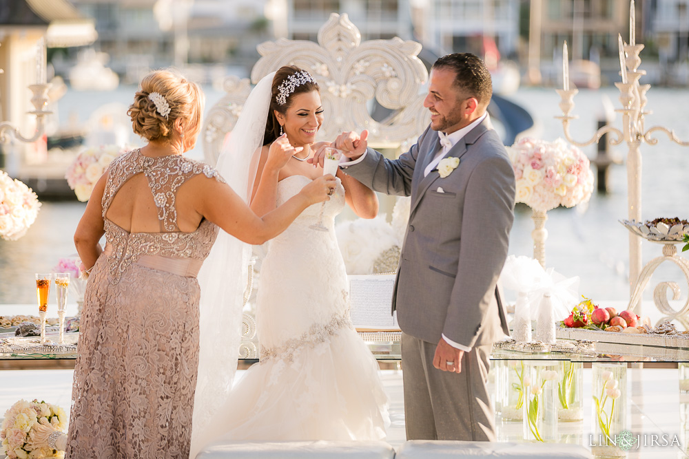 16-balboa-bay-resort-persian-wedding-photography