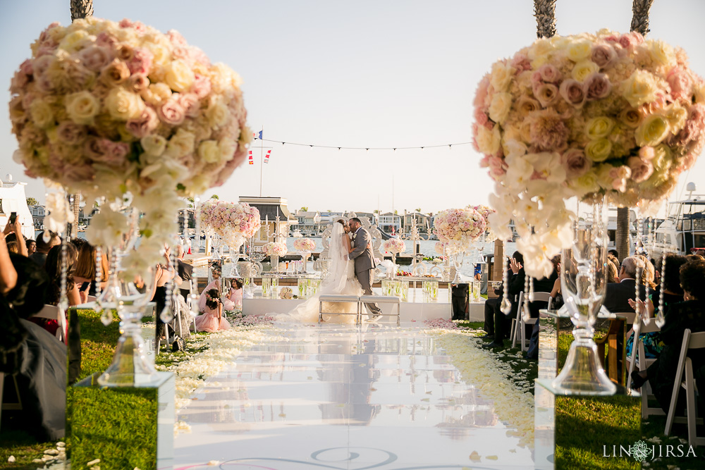 17-balboa-bay-resort-persian-wedding-photography