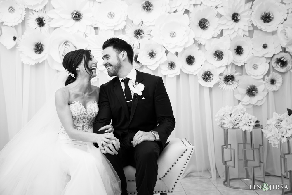 18-renaissance-banquet-hall-glendale-wedding-photography
