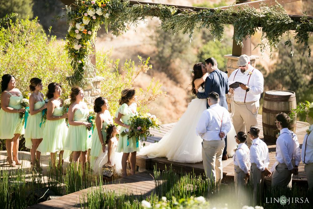 21-serendipity-gardens-oak-glen-wedding-photography