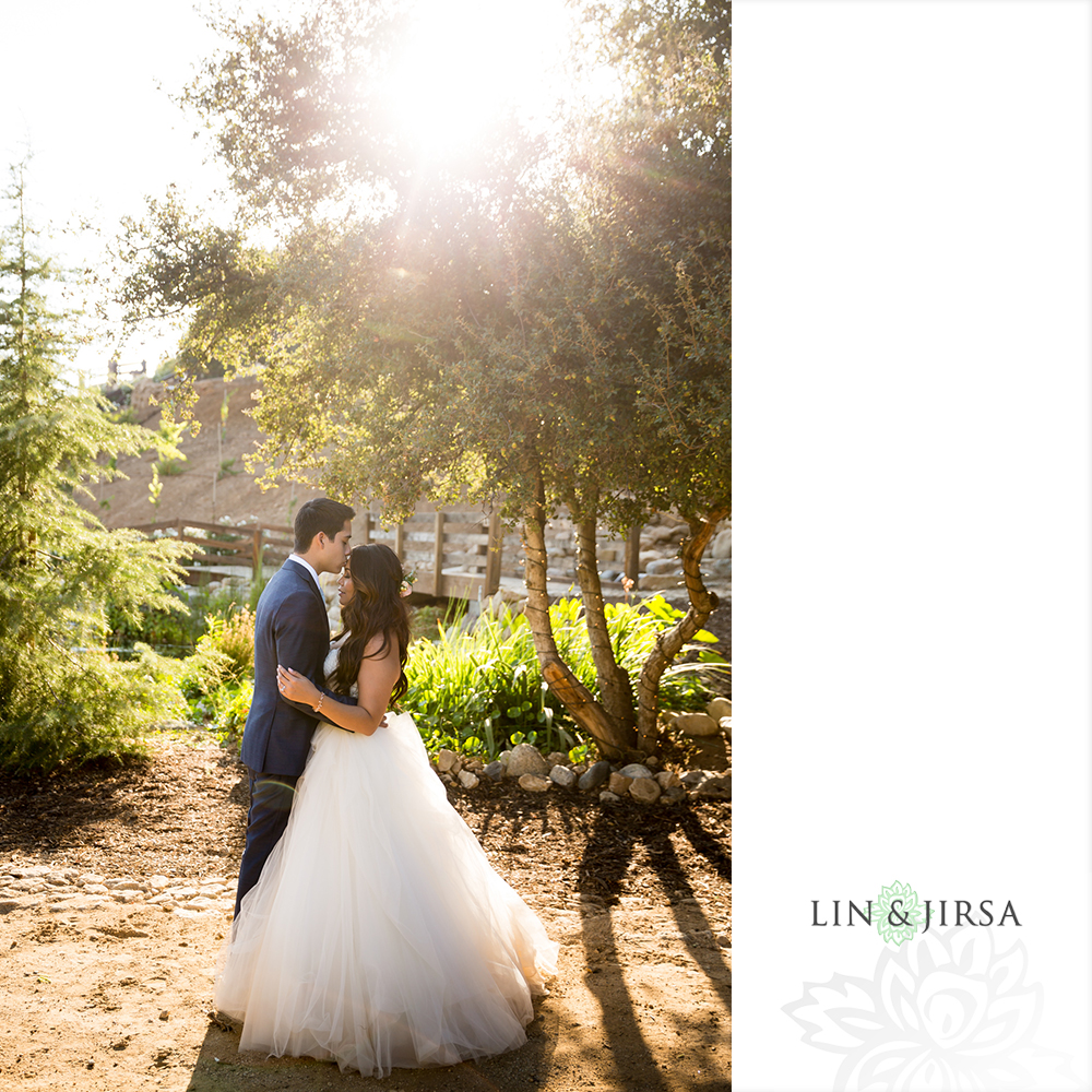 26-serendipity-gardens-oak-glen-wedding-photography