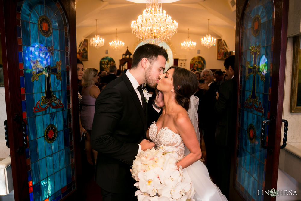 32-renaissance-banquet-hall-glendale-wedding-photography