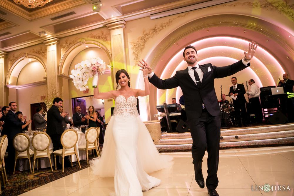 34-renaissance-banquet-hall-glendale-wedding-photography