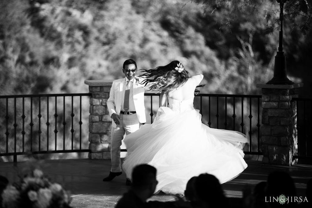 35-serendipity-gardens-oak-glen-wedding-photography
