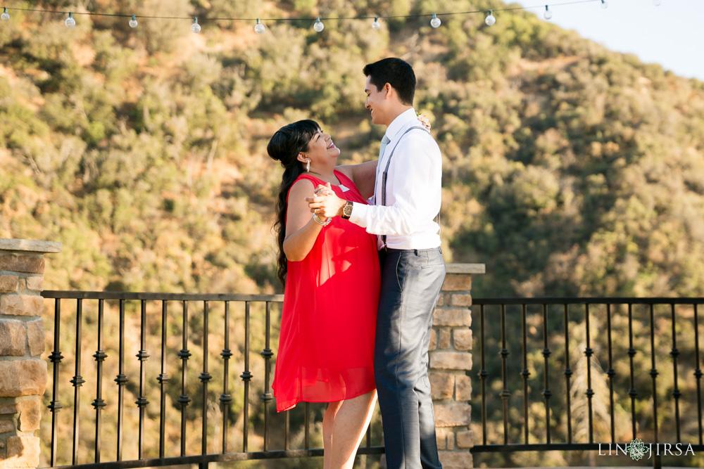 36-serendipity-gardens-oak-glen-wedding-photography