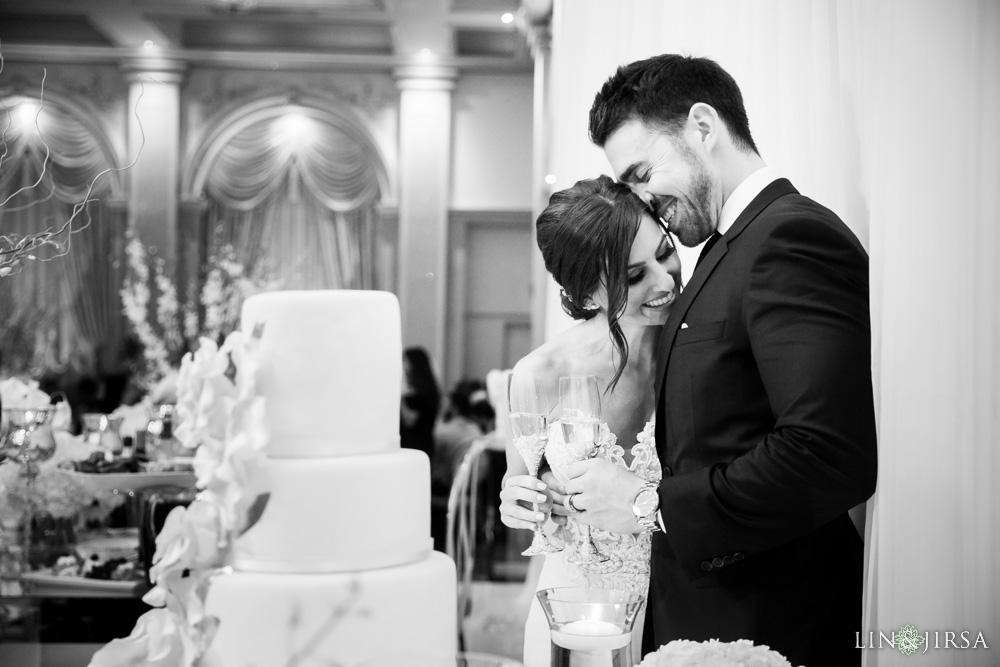 37-renaissance-banquet-hall-glendale-wedding-photography