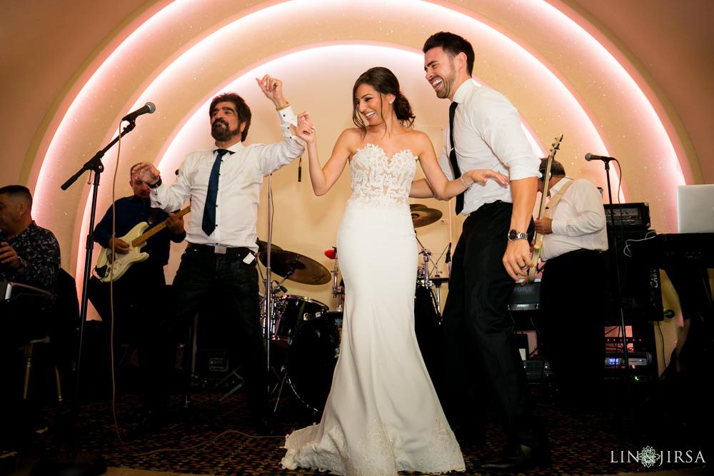 44-renaissance-banquet-hall-glendale-wedding-photography