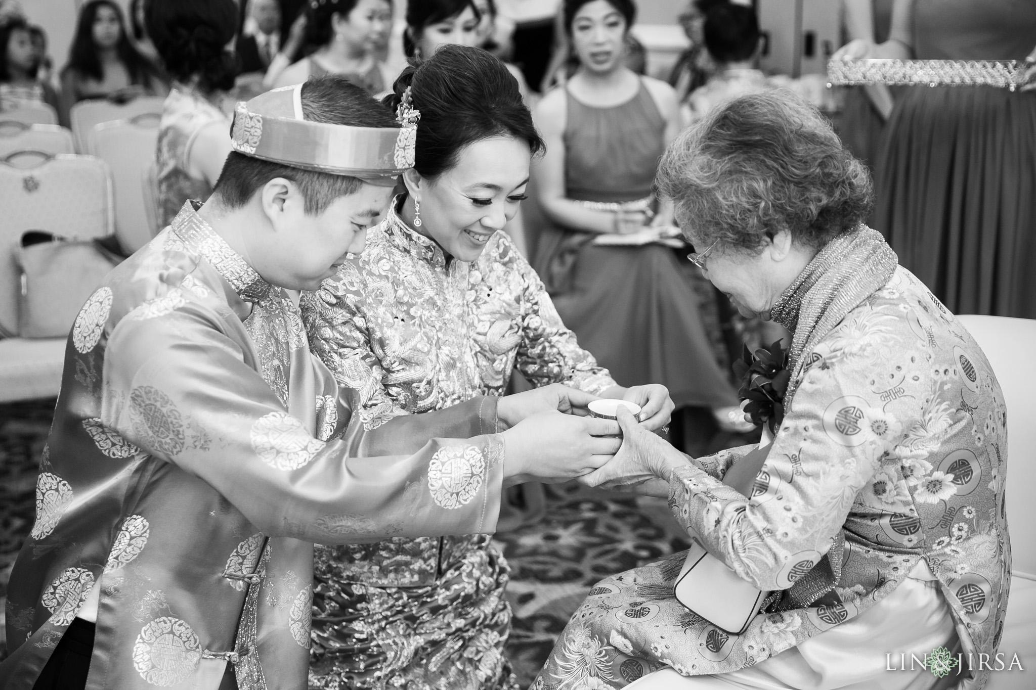 06-universal-city-sheraton-wedding-photography