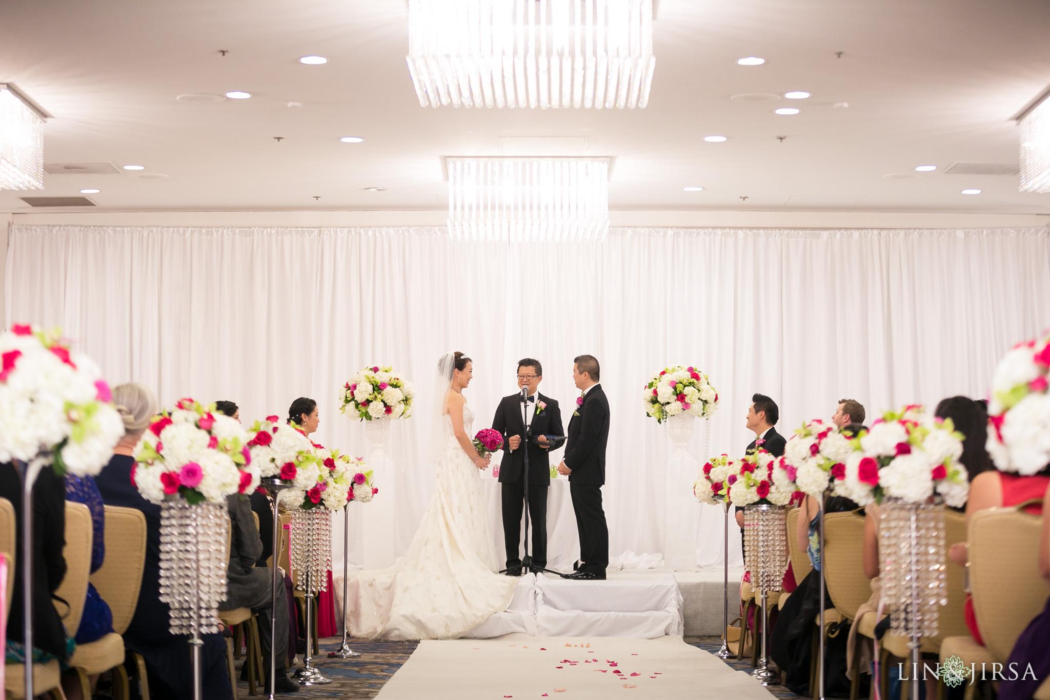 21-universal-city-sheraton-wedding-photography
