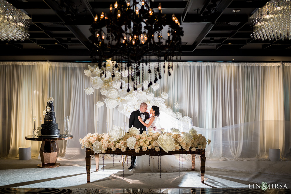 25-vertigo-events-venue-glendale-wedding-photography