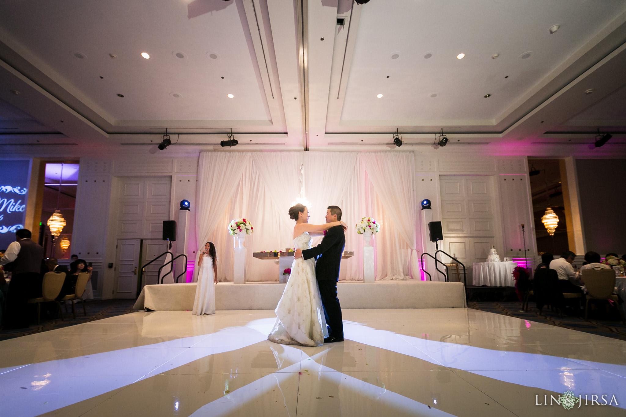 32-universal-city-sheraton-wedding-photography