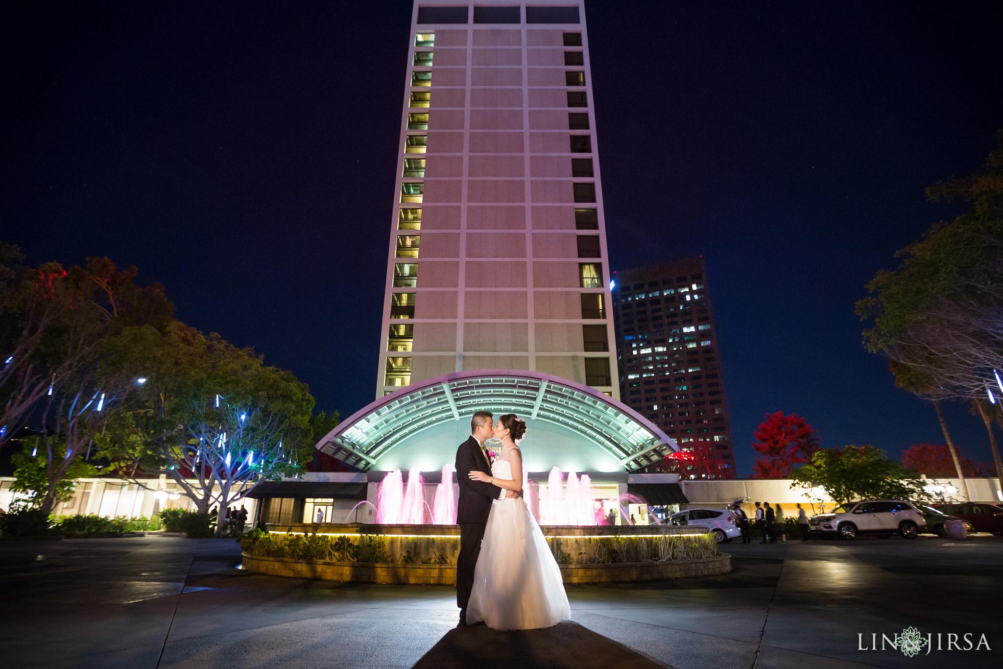 34-universal-city-sheraton-wedding-photography