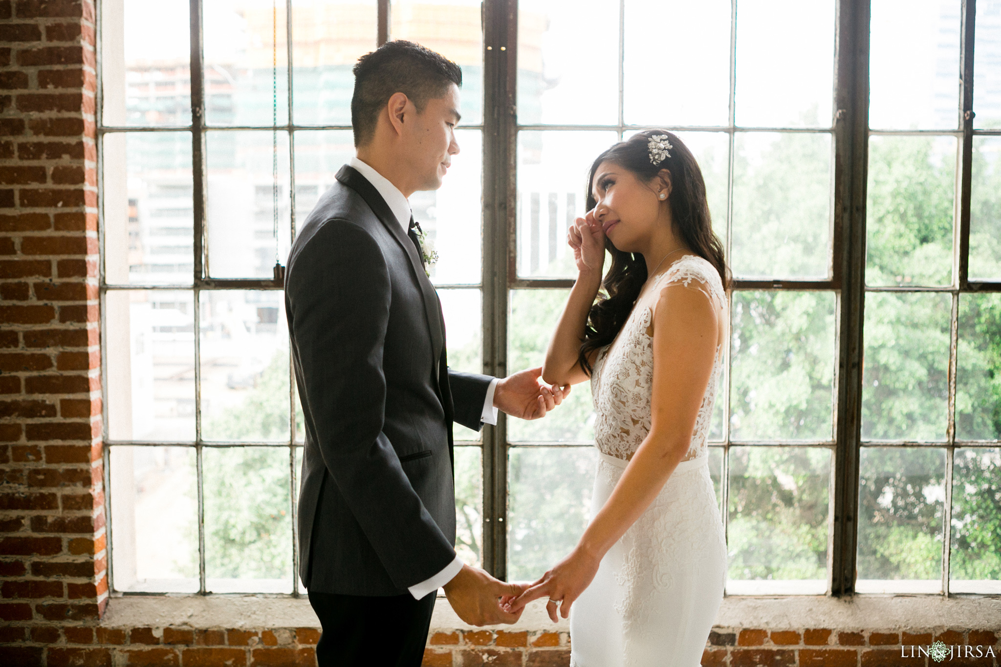 11-hudson-loft-downtown-los-angeles-wedding-photography