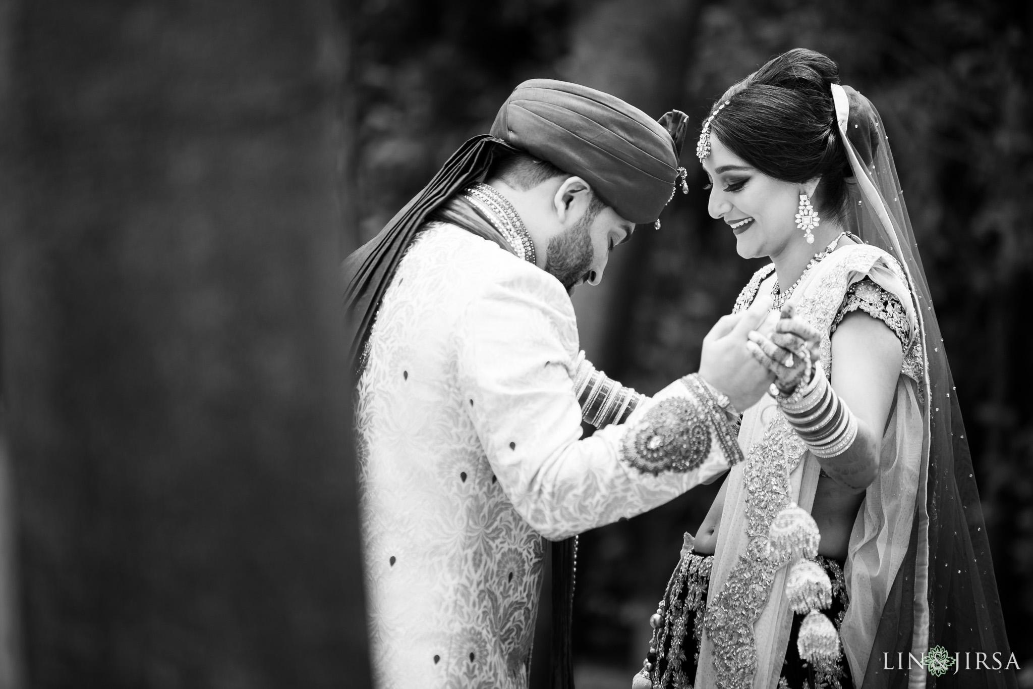 15-hotel-irvine-indian-wedding-photography
